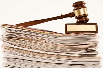 در اسناد حقوقی برای تحلیل شکایات قانونی مرتبط به هم از تحلیل استنادی استفاده میشود.