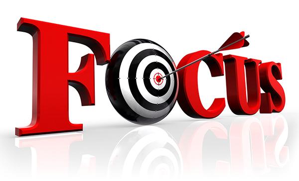 در هنگام نگارش یک مقاله علمی ترویجی بایستی روی موضوع مد نظر خود تمرکز کنید و از آن دور نشوید.