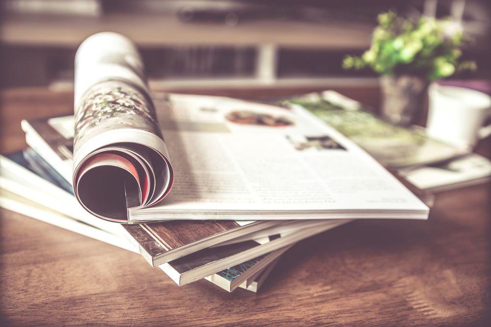 شرکت تامسون رویترز سالانه لیستی را تحت عنوان لیست مجلات تامسون رویترز در اختیار محققان قرار میدهد. این لیست مجلاتی را در بر میگیرد که توسط موسسه علمی تامسون رویترز مورد تایید قرار گرفته باشند.